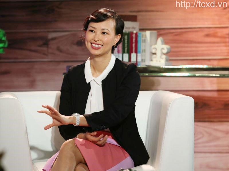Shark Linh với tên đầy đủ là Thái Vân Linh, cô sinh ngày 10 tháng 4 năm 1977 tại quận 5, Thành phố Hồ Chí Minh